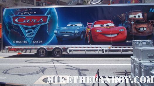 disney cars 2 world premiere red carpet hot owen wilson bonnie hunt guy fieri pixar mater rare promo signed autograph lightning mcqueen promo toy