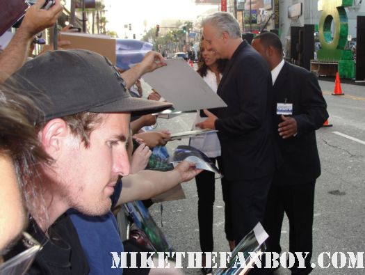 tim robbins from the player bull durham and shawshank redemption  from green lantern crosses to sign autographs for the fans at the barricades hot sexy rare promo signed autoraph promo poster sexy