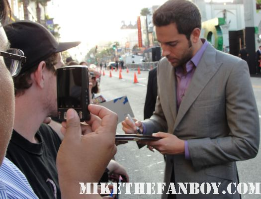 zachary levi from chuck and tangled crosses to sign autographs for the fans at the barricades hot sexy rare promo signed autoraph promo poster sexy