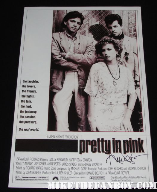 pretty in pnk and designing women star ms. annie potts stops to sign autoraphs for a couple fans after her play on melrose in  rare pretty in pink signed autograph promo mini poster molly ringwald andrew mccarthy hot rare