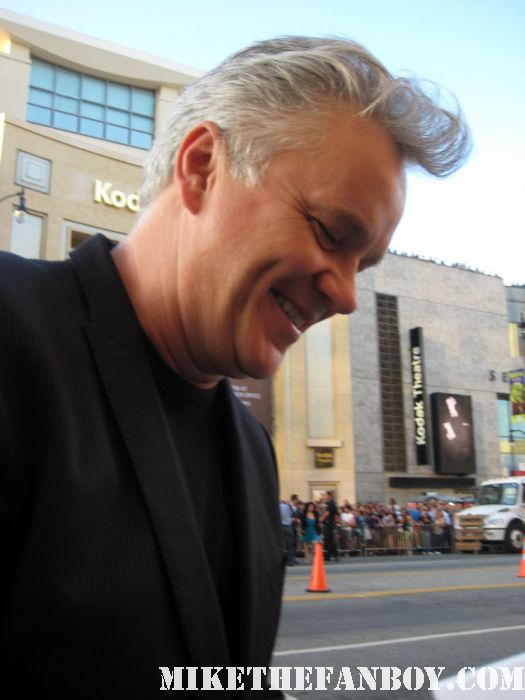 shawshank redemption star Mr. Tim Robbins signs autographs for fans at the world movie premiere of green lantern the player bull durham hudsucker proxy rare