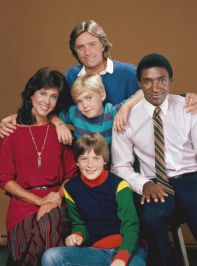 silver spoons original promo photo cast shot Ricky Schroder, Joel Higgins, Erin Gray and Jason Bateman signed autograph promo rare hot