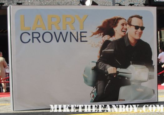 the larry crowne world movie premiere red carpet with julia roberts signing autographs pretty woman notting hill rare promo hot sexy