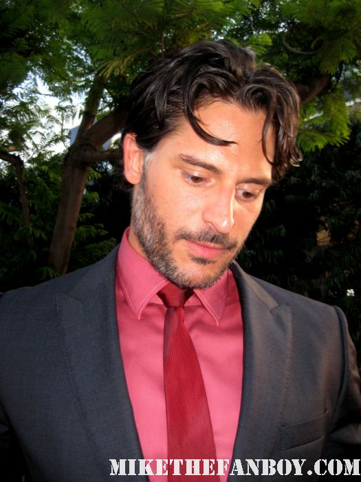 Joe Manganiello alcide signing autographs at the true blood season 4 world premiere hot sexy rare promo poster mike the fanboy rare sexy vampire