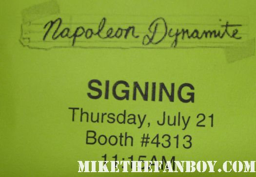 San diego comic con 2011 waiting in line for the napoleon dynamite autographs signing jon heder tina majorino rare signed autograph promo