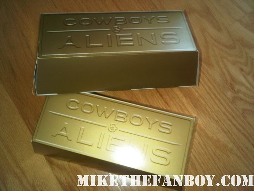 rare promo gold brick cowboys and aliens at san diego comic con 2011 sdcc 2011 rare promo hot sexy daniel craig