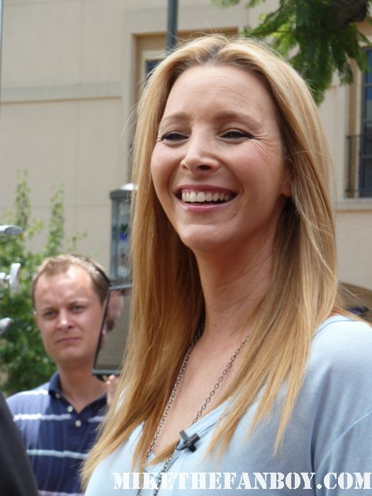 friends star ms. lisa kudrow signs autographs for fans at extra at the grove with mario lopez friends the opposite of sex web therapy romy and michele's high school reunion