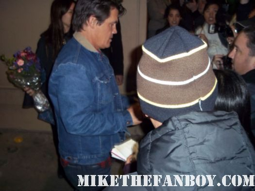 josh brolin brand from the goonies signs autographs for waiting fans true grit no country for old men jonah hex milk rare