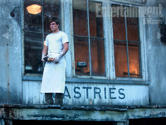 hunger games press still josh hutcherson as peeta rare promo hot sexy rare entertainment weekly promo