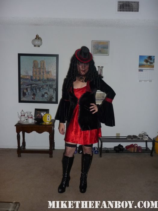 14th Annual Labyrinth of Jareth Masquerade the novel strumpet dressed up in dress and corset