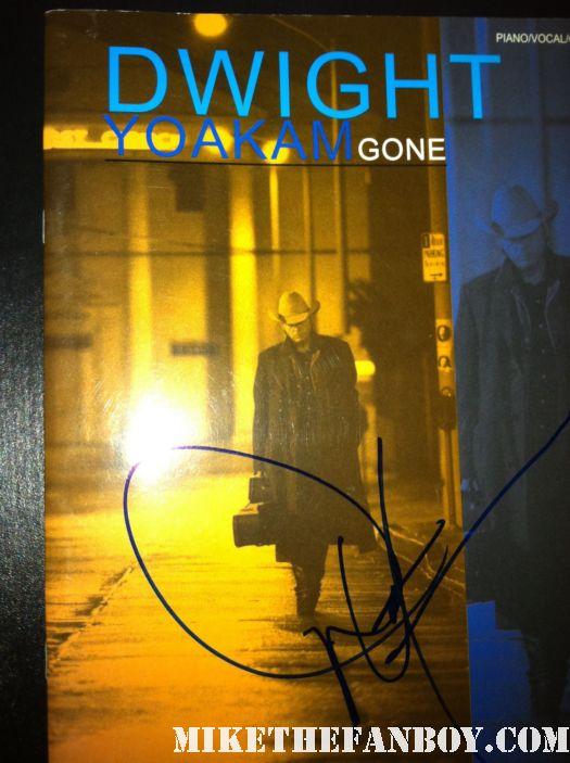 dwight yoakam signed autograph gone sheet music vinyl lp rare hot promo hand signed