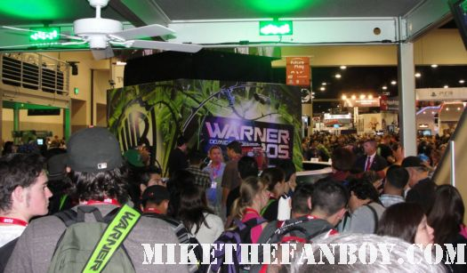 the warner bros water tower booth at the san diego comic con 2010 2011 rare promo hot children's hospital signing sdcc 2011