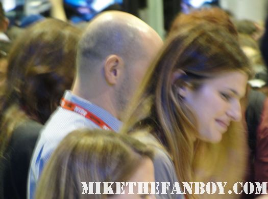 lake bell and rob cordrry children's hospital autograph signing the warner bros water tower booth at the san diego comic con 2010 2011 rare promo hot children's hospital signing sdcc 2011