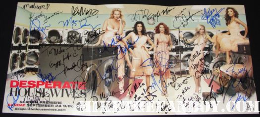 my desperate housewives cast signed autograph poster with 30 signatures marcia cross felicity huffman nicolette sheridan eva longoria teri hatcher rare promo