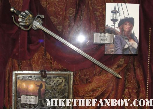 D23 2011 walt disney pirates of the caribbean on stranger tides props and costumes rare johnny depp jack sparrow penelope cruz sword costume compass Penelope Cruz's  costume and sword from Pirates Caribbean