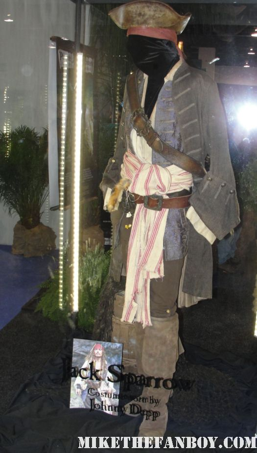 D23 2011 walt disney pirates of the caribbean on stranger tides props and costumes rare johnny depp jack sparrow penelope cruz sword costume compass Penelope Cruz's  costume and gun from Pirates Caribbean johnny depp jack sparrow's original costume and props from Pirates of the caribbean