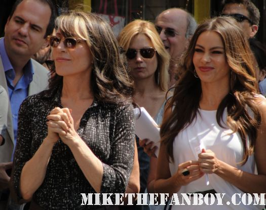 sophia vergara  and katey sagal at modern family star Ed O'Neill walk of fame ceremony star on the hollywood walk of fame signed autograph rare promo married with children