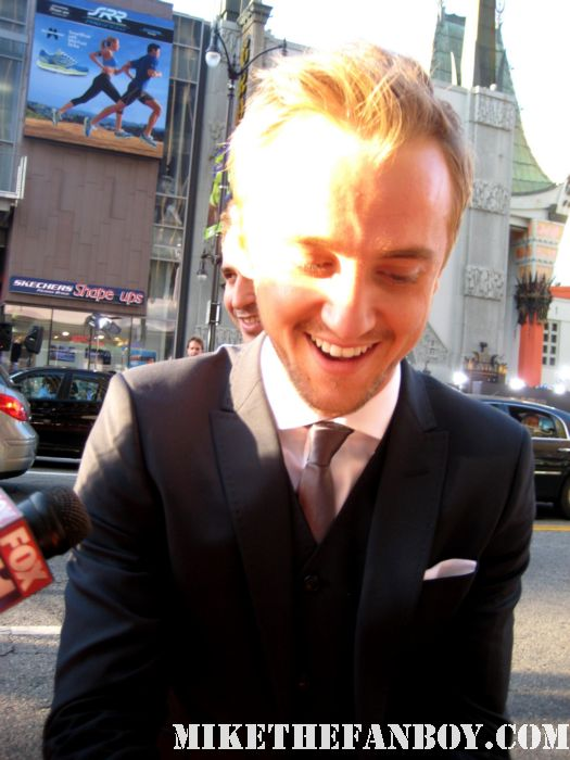 the sexy tom felton draco from harry potter signing autographs at the rise of the planet of the apes world premiere hot sexy tom felton photo shoot