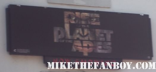 rise of the plant of the apes rare premiere red carpet sign chinese theater mini poster rare promo hot tom felton andy serkis frieda pinto signing autographs for fans at the rise of the planet of the apes premiere rare signed autograph hot sexy rare promo photo shoot damn sexy