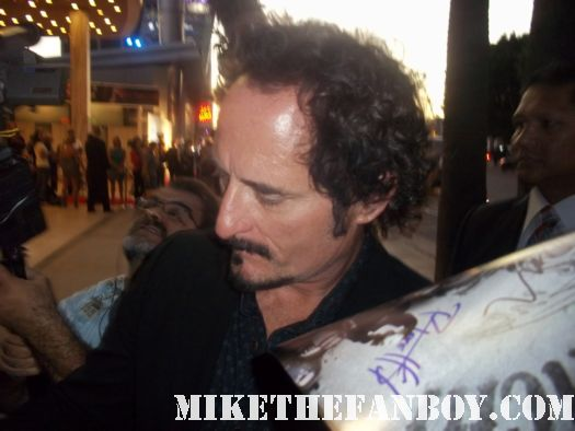 kim coates signs autographs for fans at the sons of anarchy season 4 world premiere with katey sagal Emilio Rivera Theo Rossi CHARLIE HUNNAM charlie hunnam hot and sexy looking sexy signing autographs for fans sexy shirtless rare hot charlie hunnam sons of anarchy signed autograph promo poster rare