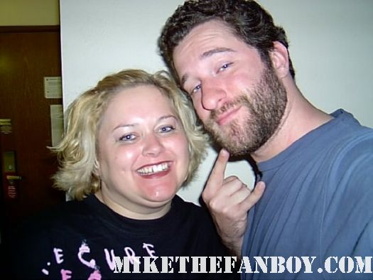 pinky from pretty in pinky with saved by the bell star dustin diamond screech from mike the fanboy