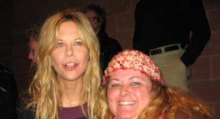 mike the fanboy's pinky taking a fan photo with meg ryan star of when harry met sally rare promo autographs signed