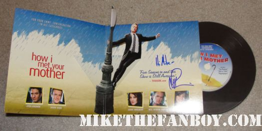 neil patrick harris signed how I met your mother rare presskit dancing singing rain signing autographs at his walk of fame star ceremony  Neil patrick harris walk of fame star ceremony signed autograph joss whedon jason segel rare signed autograph how i met your mother barney doogie howser md