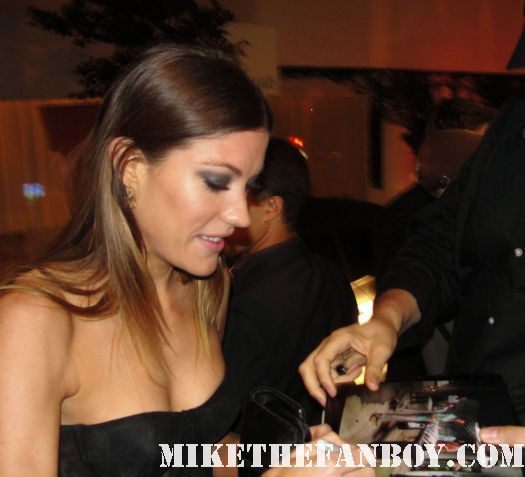 jennifer carpenter signing autographs for fans after the showtime emmy party on sunset blvd. rare deborah mogan hot sexy rare photo shoot