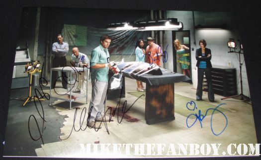 dexter signed autograph rare cast signed autograph morgue photo michael c hall lauren velez julie benz david zayas cs lee james remar jennifer carpenter