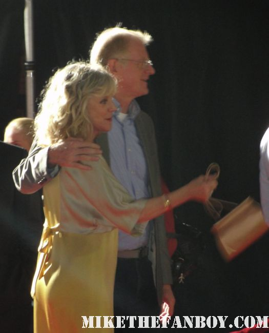 ed begley jr and blythe danner arriving to the premiere of what's your number world movie premiere anna farris chris evan hot sexy dave annable zachary quinto blythe danner megan park signed autograph veronica mars