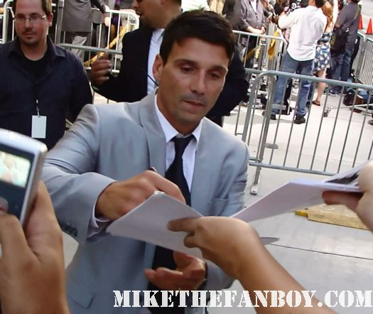 frank grillo signing autographs for fans at the warrior premiere in hollywood the warrior premiere in hollywood the warrior world movie premiere with Tom hardy joel edgerton rare hot sexy promo red carpet photo bane dark knight rises