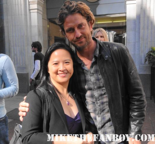 the lovely eria's fan photo with super sexy gerard butler from 300 and the ugly truth star signed autograph rare phantom of the opera tomb raider