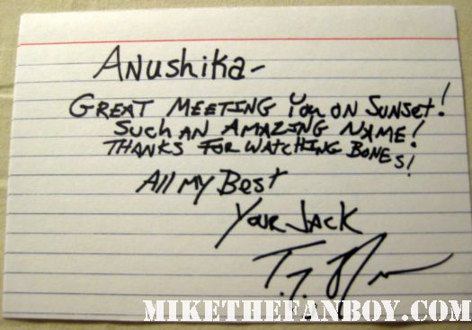T.J. Thyne Bones Star T.J. Thyne signs autographs for fans outside the arclight theatre in hollywood signed autograph card rare promo anushika