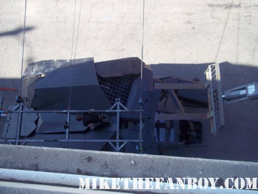 dark knight rises exclusive set pictures of the bat plane on location on set christian bale rare promo