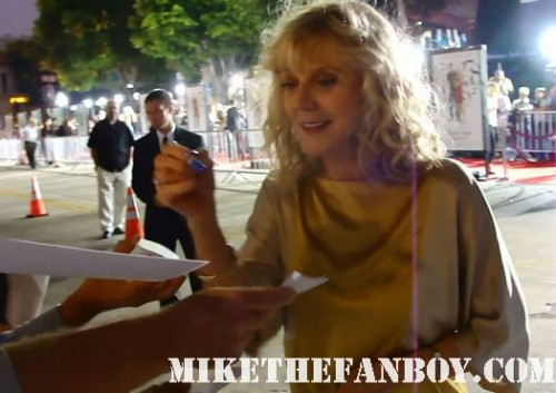 blythe danner signing autographs at the premiere of what's your number world movie premiere anna farris chris evan hot sexy dave annable zachary quinto blythe danner megan park signed autograph