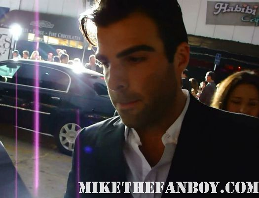 zachary quinto looking sexy and hot walking over to the fans to sign autographs what's your number world movie premiere anna farris chris evan hot sexy dave annable zachary quinto blythe danner megan park signed autograph