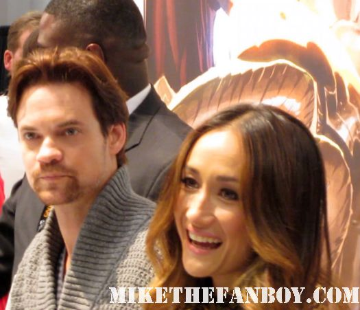 sexy shane west and maggie q sign autographs for fans at nycc comic con rare promo nikita Eddie Kitsis and Adam Horowitz signing autographs for once upon a time abc show review rare ginnifer goodwin rare promo hot sexy