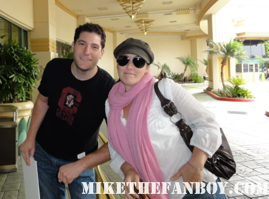mike the fanboy with serial mom star ricki lake hairspray rare promo signed autograph hot dancing with the stars