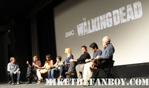 The Walking Dead season 2 premiere with cast q and a Jon Bernthal! Sarah Wayne Callies! Laurie Holden! Jeffrey DeMunn! Steven Yeun! Chandler Riggs! Norman Reedus!
