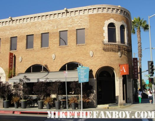 flynn's arcade from Tron and tron legacy actual filming location in pasadena rare location shoot hot jeff bridges