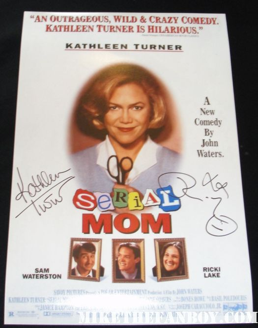 serial mom rare promo cereal box promo video signed autograph kathleen turner rare promo serial mom rare promo signed autograph mini poster