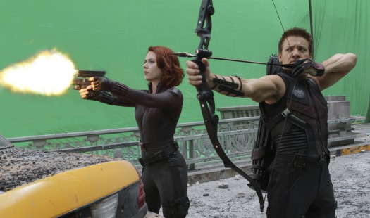 robert downey jr chris evans chris hemsworth and joss whedon on the set of the avengers rare behind the scenes hot and sexy press still rare promo jeremy renner hot and sexy shirtless muscle bicep sleeveless shirt hot