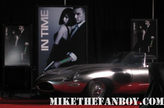 in time prop car costume rare the in time world movie premiere with amanda seyfried justin timberlake matt bomer johnny galecki hot sexy rare promo sex fine abs