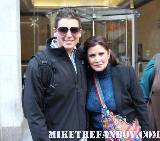 star wars star Ms. Carrie Fisher takes a fan photo with John after a talk show taping in the windy city of chicago rare signed autograph rare promo