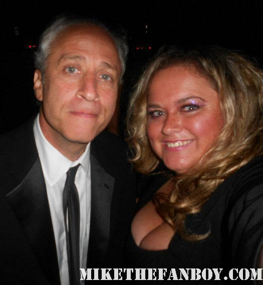 pretty in pinky with jon stewart at the 2011 emmy awards hot sexy rare er
