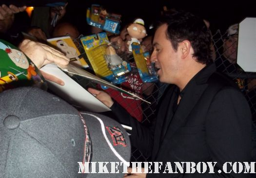 seth macfarlane family guy and american dad and the cleveland show creator signs autographs for fans after a talk show taping hot sexy rare promo fine singer
