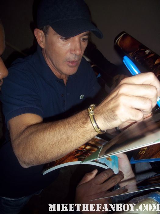 puss and boots and desperado star mr. antonio banderas signs autographs for fans outside a talk show taping hot sexy rare