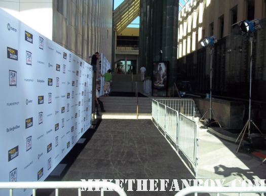 the red carpet or black carpet at the rum diary world movie premiere with johnny depp signing autographs for the fans!