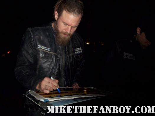 ryan hurst opie on sons of anarchy signs autographs for fans waiting on the set rare hot sexy promo