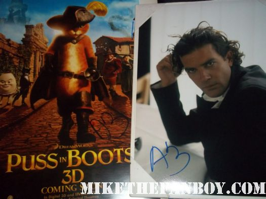 antonio banderas signed autograph rare puss in boots promo mini poster photo hot sexy